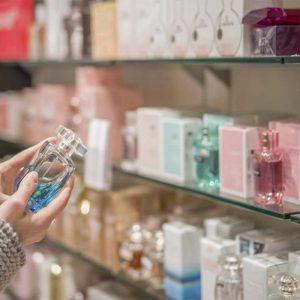 سنین مختلف در انتخاب عطر باید به چه نکات کاربردی توجه کنند؟
