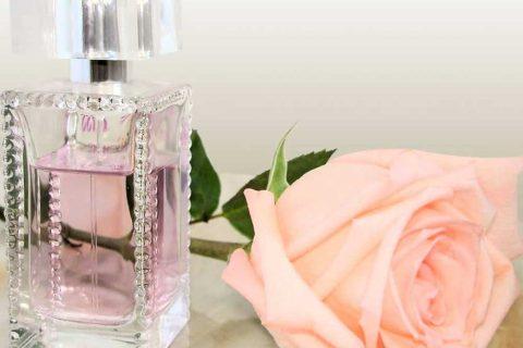 چرا عطرهای زنانه و مردانه باهم تفاوت دارند
